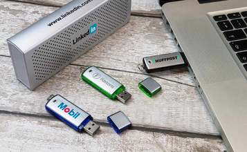 http://static.logo-usb-sticks.de/images/products/Classic/Classic2.jpg